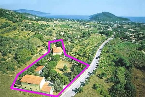 Soggiorno in appartamento a lacona isola d 39 elba for Soggiorno isola d elba